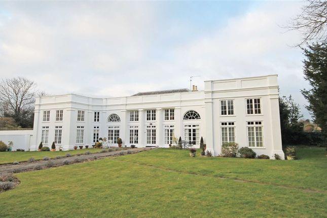 Thumbnail Flat to rent in Hogarth Way, Hampton