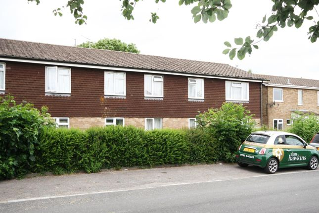 Thumbnail Flat to rent in Pound Close, Lyneham, Chippenham