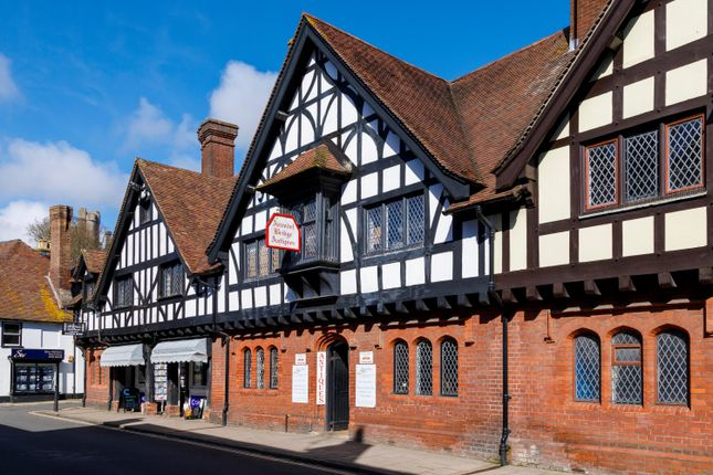 Thumbnail Commercial property for sale in High Street, Arundel