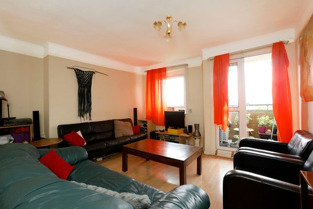 Thumbnail Flat to rent in Abbots Park, Tulse Hill, London