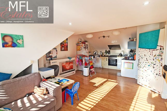Thumbnail Flat for sale in Outram Road, Croydon