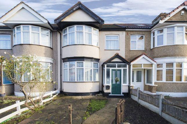 4 bed property for sale in Blackbush Avenue, Chadwell Heath, Romford