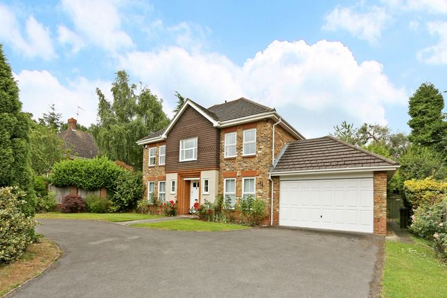 Thumbnail Detached house to rent in Woodbank Avenue, Gerrards Cross
