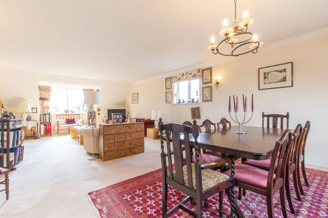 Thumbnail Flat for sale in Carolina Court, Hoptree Close, Woodside Park