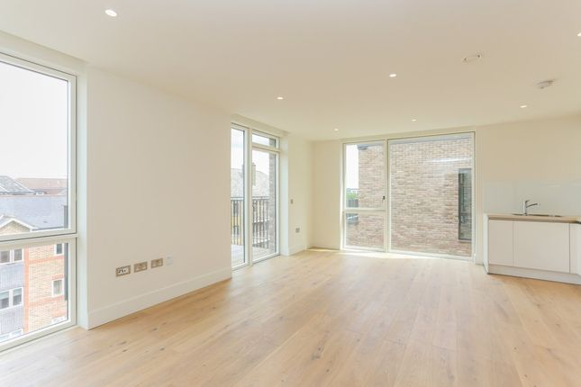 Thumbnail Flat for sale in 14 West Row, North Kensington