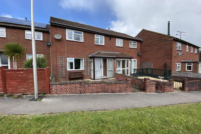 Thumbnail Property to rent in Cameron Close, Tiverton