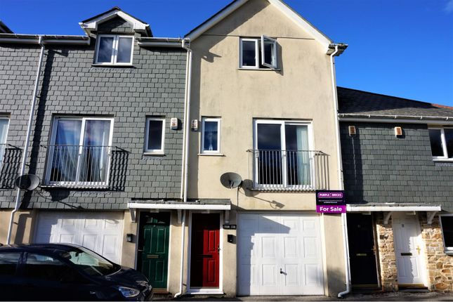 Thumbnail Terraced house for sale in West Charles Street, Camborne