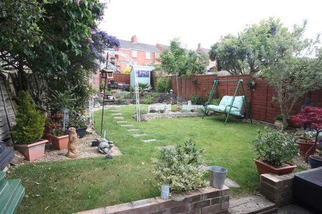 Thumbnail Semi-detached house to rent in Hardy Avenue, Weymouth