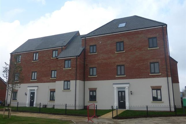 Thumbnail Flat to rent in London Road, Weldon, Corby