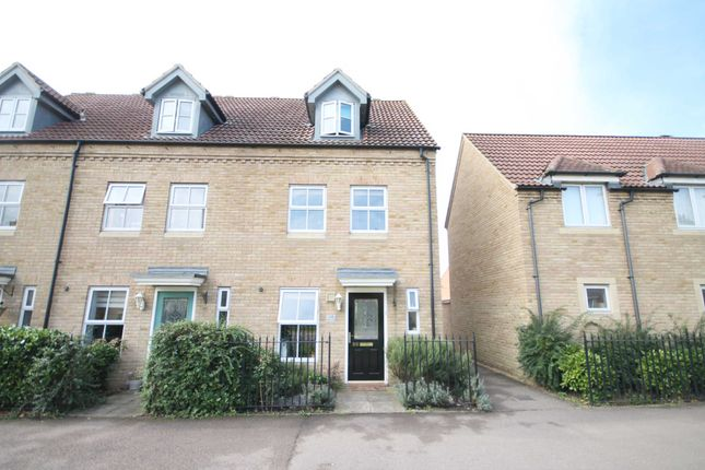 Thumbnail Town house to rent in Kings Avenue, Ely