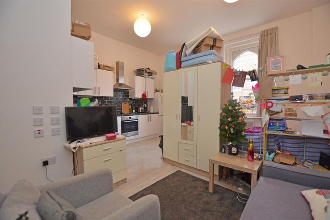 Studio to rent in Cleaves Almshouses, Old London Road, Kingston Upon Thames KT2