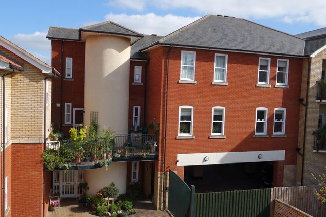 Thumbnail Town house for sale in High Baxter Street, Bury St. Edmunds
