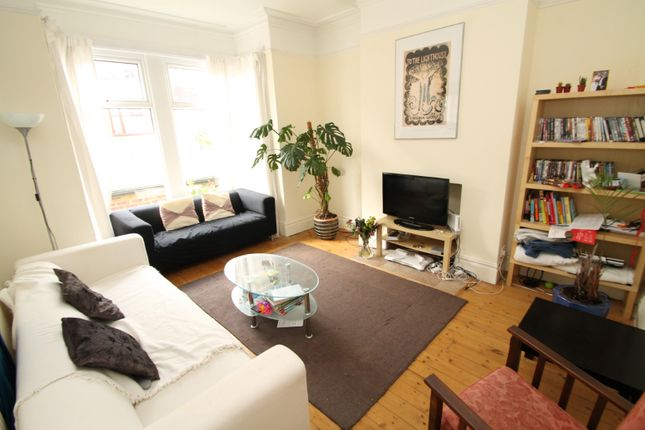 Thumbnail Terraced house to rent in Landseer Grove, Bramley, Leeds