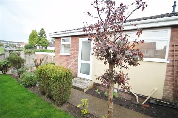 Thumbnail Semi-detached bungalow to rent in Calverton Road, Arnold, Nottingham