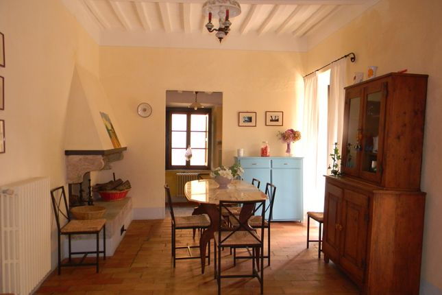4 bed semi-detached house for sale in Via Roma, Sarteano, Siena, Tuscany, Italy
