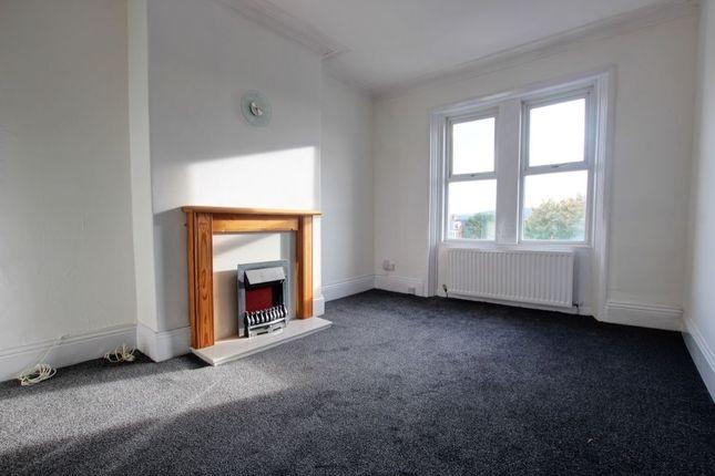 Thumbnail Flat to rent in Brighton Road, Gateshead