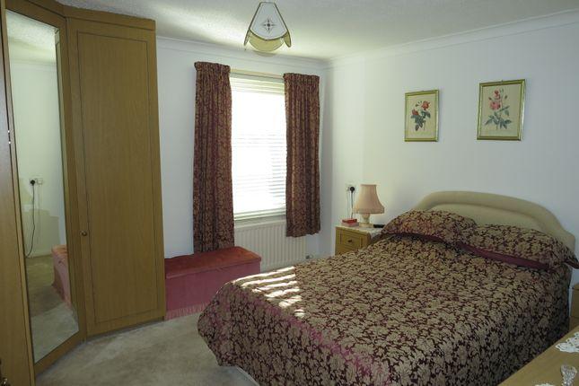 Thumbnail Flat for sale in Beckgreen, Egremont, Cumbria
