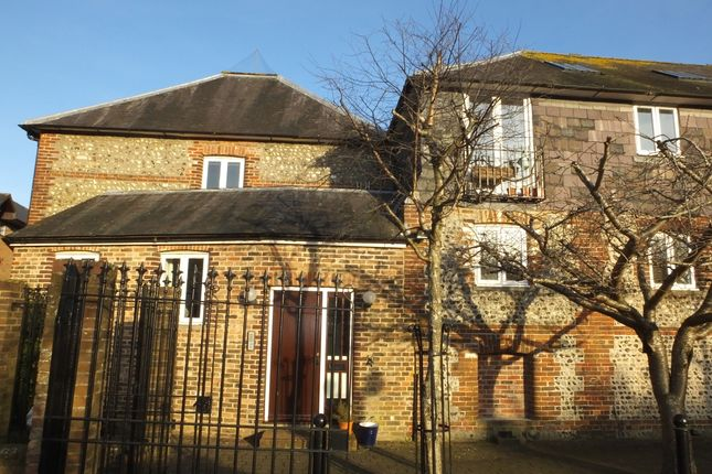Thumbnail Flat to rent in Maltings Barn, Lewes