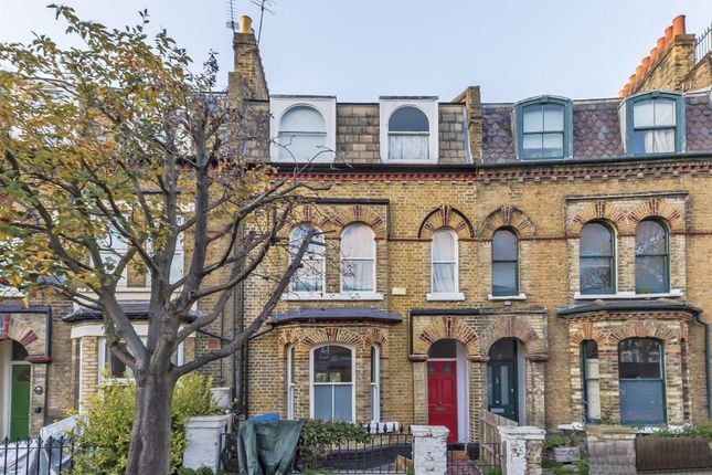 Thumbnail Property to rent in Haselrigge Road, London