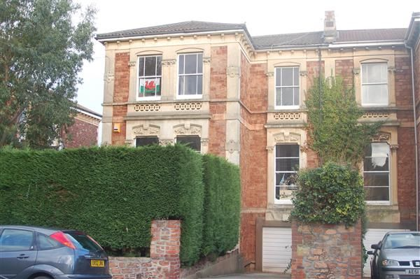 Thumbnail Maisonette to rent in Alexandra Road, Clifton, Bristol