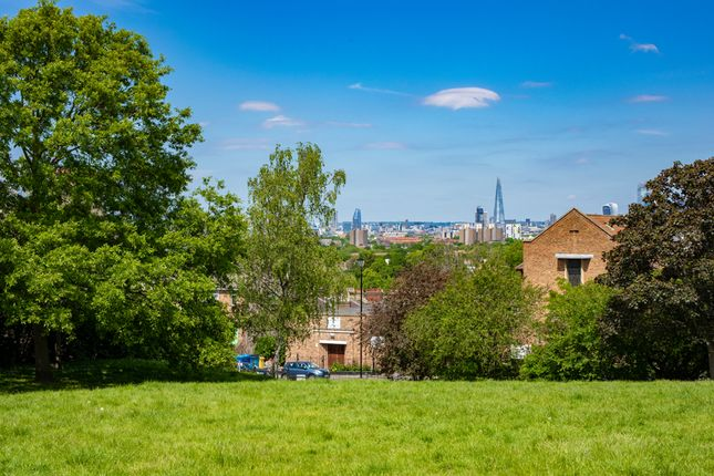 Stunning Views of Nunhead Green, London SE15