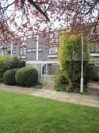 Thumbnail Maisonette to rent in Edinburgh Gardens, Windsor