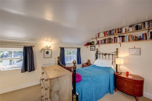 Bedroom of Satwell, Rotherfield Greys, Henley-On-Thames, Oxfordshire RG9