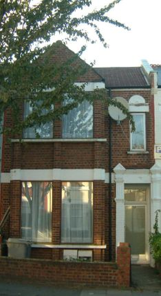 Thumbnail Flat to rent in Riffle Road, Willesden Green