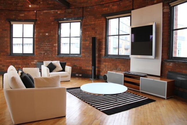 Thumbnail Flat for sale in Centaur House, Great George Street, Leeds