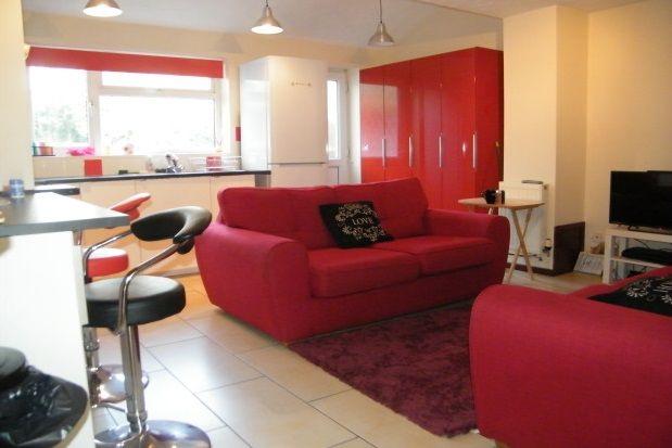 Thumbnail Property to rent in Charles Street, Cheltenham