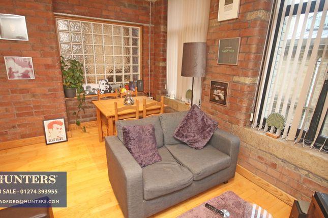 1 bed flat for sale in Broad Street, Bradford BD1
