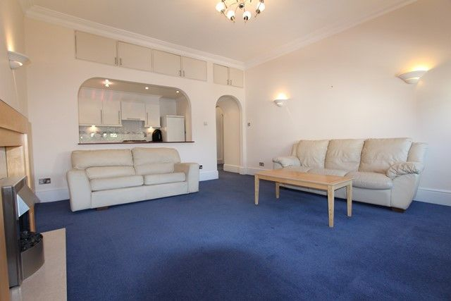 Thumbnail Flat to rent in Belsize Park Gardens, London