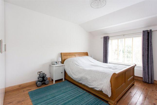 Bedroom of Wensley Grove, Leeds, West Yorkshire LS7