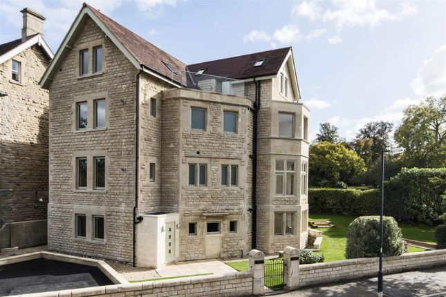 Thumbnail Flat for sale in Beckford Road, Bath