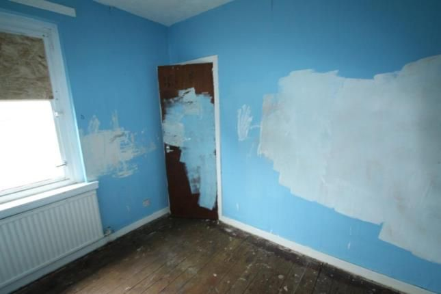 Bedroom 3 of West Kirk Street, Airdrie, North Lanarkshire ML6