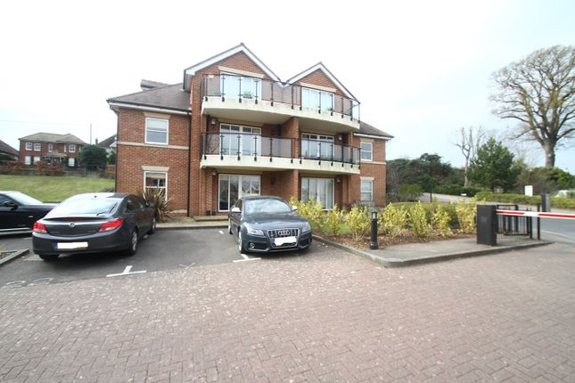 Thumbnail Flat to rent in Lukes Close, Hamble