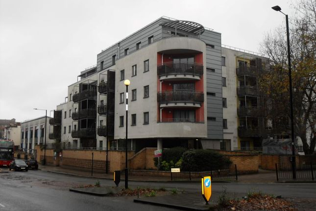 Thumbnail Flat for sale in Flat 1, 105 Crown Dale, London