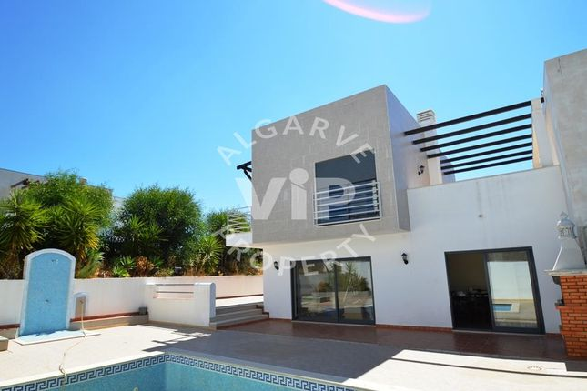 Villa for sale in Alcantarilha, Portugal