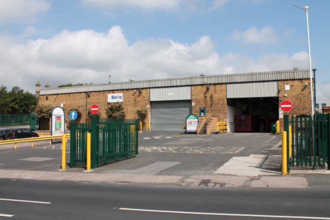 Thumbnail Warehouse to let in Talbot Road, Hyde
