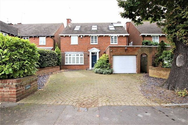 Thumbnail Property for sale in Chalk Lane, Cockfosters, Barnet