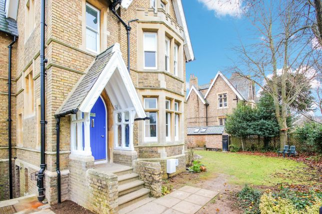 Thumbnail Semi-detached house to rent in Warnborough Road, Oxford