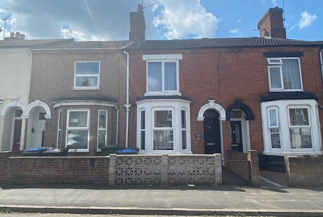 Thumbnail Terraced house to rent in Abbey Street, Rugby