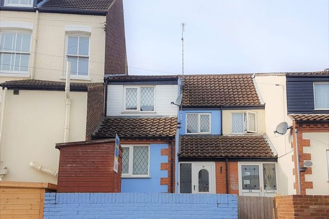 Thumbnail Terraced house to rent in Cliff Hill, Gorleston, Great Yarmouth