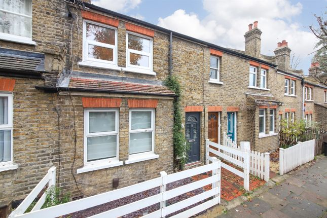 Thumbnail Flat for sale in Lucas Road, Penge