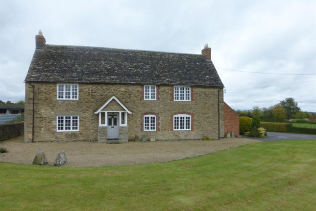 Thumbnail Property to rent in Eastrop, Highworth, Swindon