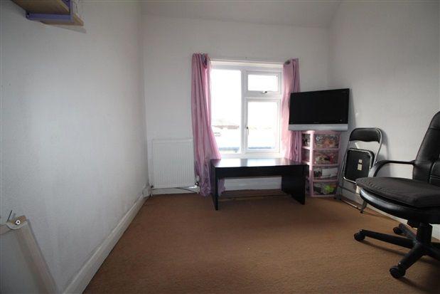 Bedroom of Sherwood Place, Chorley PR6