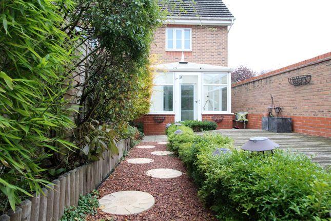 Thumbnail End terrace house to rent in Fox Court, Aldershot