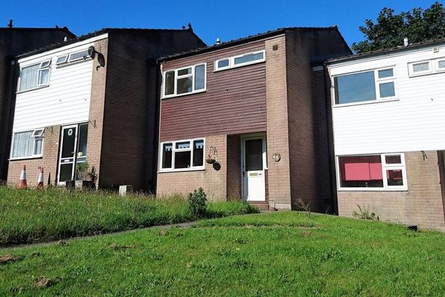 2 bed terraced house to rent in Hillside Park, Bodmin