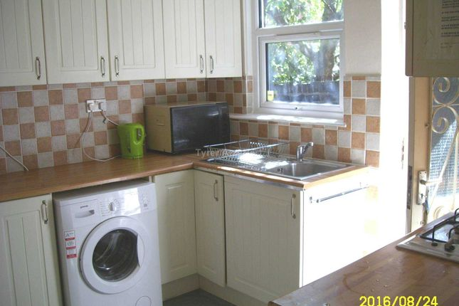Thumbnail Shared accommodation to rent in Langdale Road, Wavertree, Liverpool