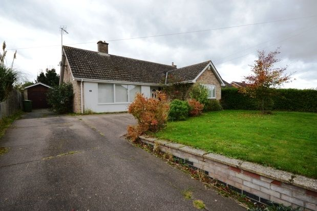Thumbnail Detached bungalow to rent in Dodford Lane, Girton, Cambridge